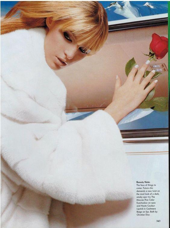 Elle France April 1995