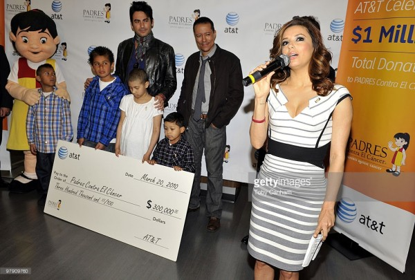 Eva Longoria accepts an AT&T donation to 'Padres Contra El Cancer' charity on March 20, 2010 in Burbank, California