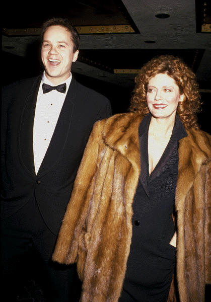 susan sarandon infamously dated fellow actor Tim Robbins for many many years